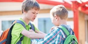 تقلید کودکان از بزرگترها