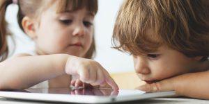 پیشگیری با اموزش اولیه- تقلید کودکان از بزرگترها